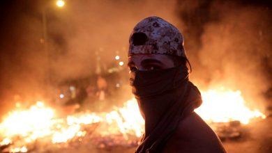 Photo of Lübnan'da Direniş Geri Adım Attırdı