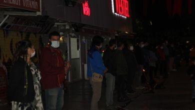 Photo of Müzisyenlerin sessiz eylemi İzmir'de 12. gününde