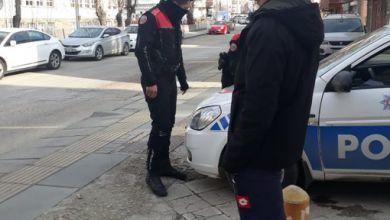 Photo of Ankara polisi marketten dönen öğrencilere ceza kesti
